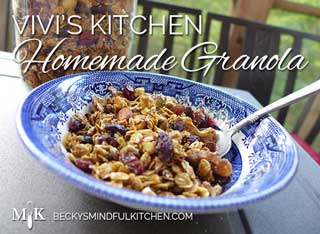 "Vivi's Kitchen | Homemade ""Granoli"" 