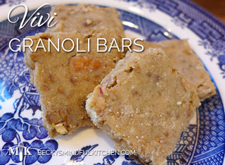 Vivi Granoli Bars | Becky's Mindful Kitchen