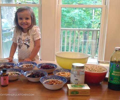 Vivi's Kitchen   Homemade Granoli Ingredients & Chef